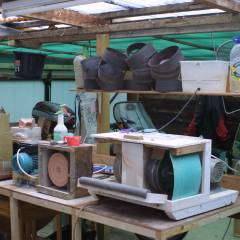 Cabachon machine and polishing area