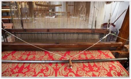 Silk woven on looms in the Antico Setificio Fiorentino