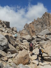 Scrambling up over the pass to descend down to Refugio Frey
