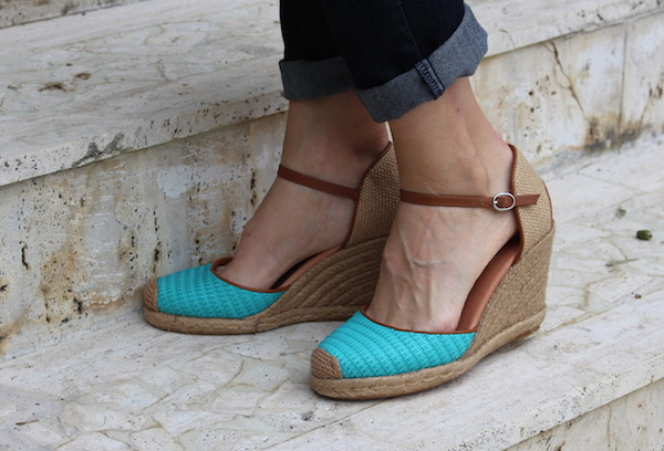20f8719619da The super cute shoes you need this summer. - Round and Round Rosie