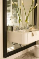 Cool ideas to use big mirrors in your bathroom (7)