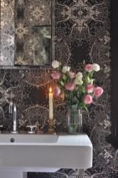 Delicate feminine bathroom design ideas (10)