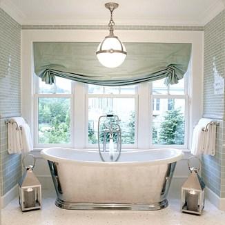 Delicate feminine bathroom design ideas (17)