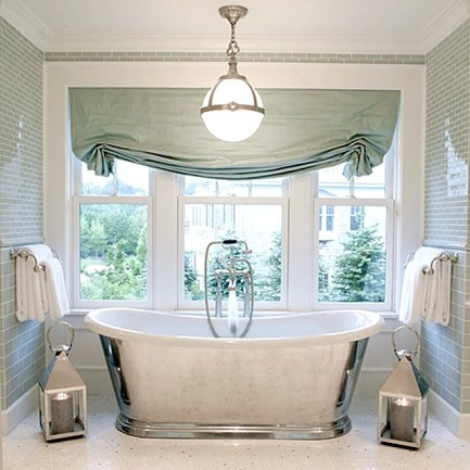 Delicate feminine bathroom design ideas (17)