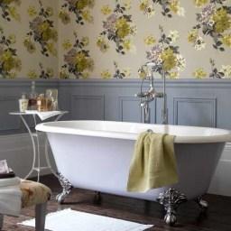 Delicate feminine bathroom design ideas (9)