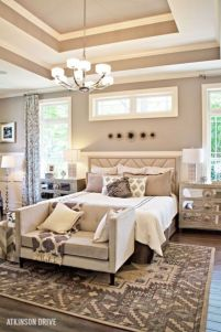 Relaxing neutral bedroom designs (33)