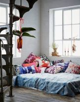 Stylishly minimalist bedroom design ideas (6)