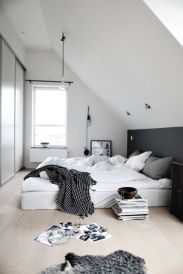 Stylishly minimalist bedroom design ideas (7)