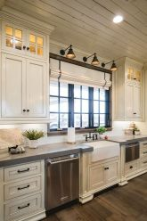 Modern farmhouse kitchen design ideas 26