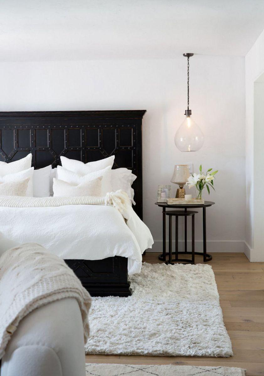 Stylish stylish black and white bedroom ideas (30)