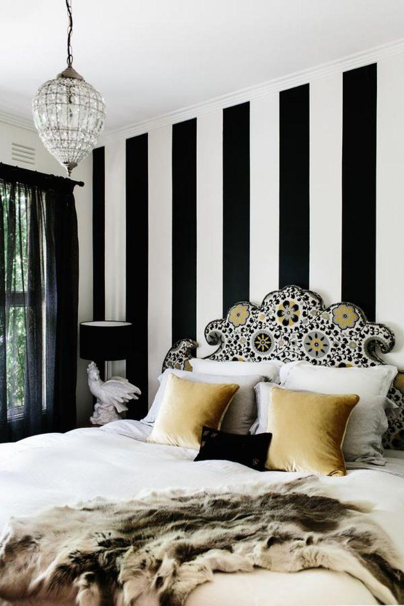 Stylish stylish black and white bedroom ideas (35)