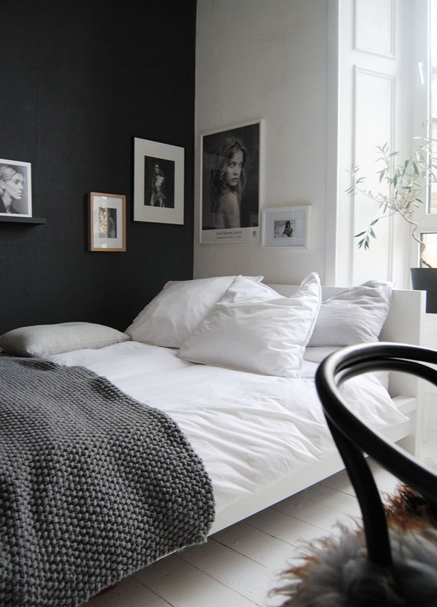 Stylish stylish black and white bedroom ideas (54)