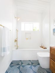 Amazing guest bathroom decorating ideas 28