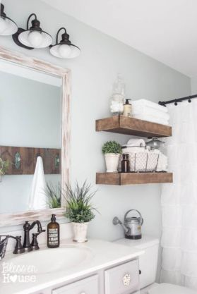 Bathroom vanity ideas with makeup station 35