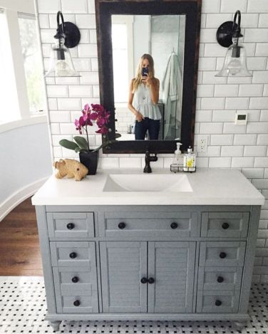 Bathroom vanity ideas with makeup station 53