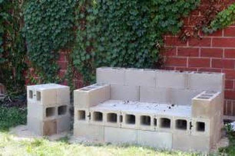 Cinder block furniture backyard 08