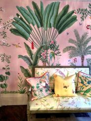 Cute bedroom design ideas with pink and green walls 13