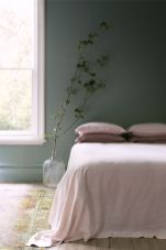 Cute bedroom design ideas with pink and green walls 38