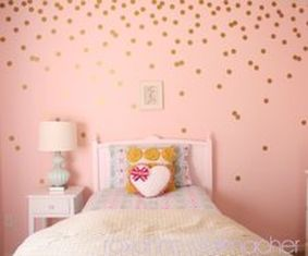 Cute bedroom design ideas with pink and green walls 44