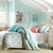 Cute bedroom design ideas with pink and green walls 80