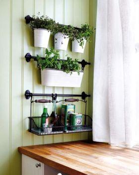 Incredible indoor hanging herb garden (13)