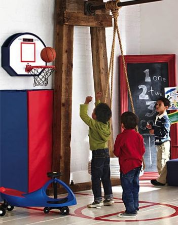 Inspiring bedroom design ideas for boy who loves basketball 09