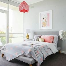 Inspiring bedroom design ideas for teenage girl 05
