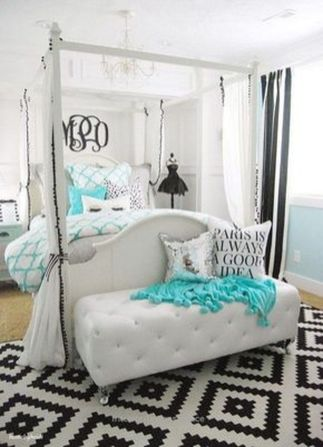 Inspiring bedroom design ideas for teenage girl 30