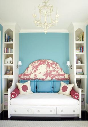 Inspiring bedroom design ideas for teenage girl 31