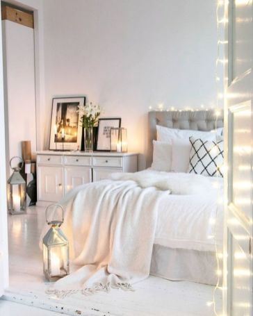 Inspiring bedroom design ideas for teenage girl 34