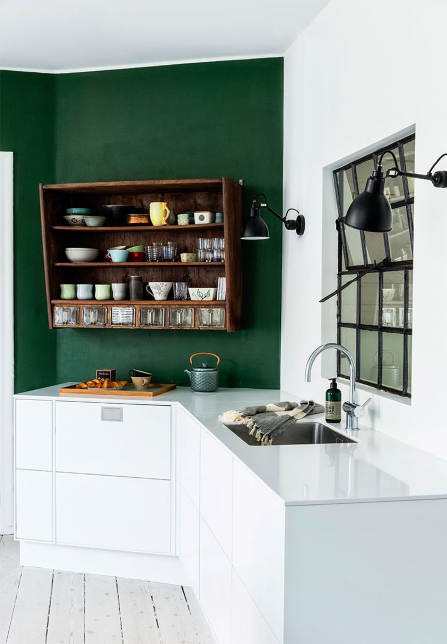 Kitchens design ideas with green walls 10
