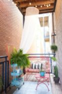 Modern apartment balcony decorating ideas 55