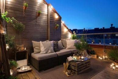 Modern apartment balcony decorating ideas 67