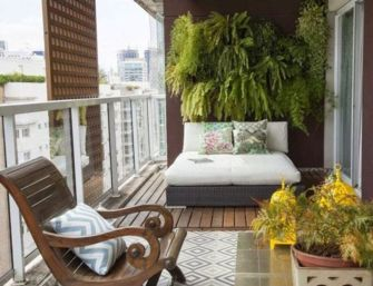 Modern apartment balcony decorating ideas 68
