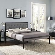 Modern bedroom design ideas with minimalist touch 32