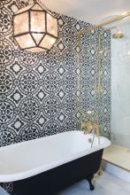 Modern small bathroom tile ideas 011