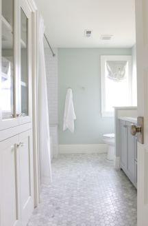 Modern small bathroom tile ideas 040