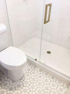 Modern small bathroom tile ideas 073