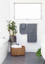 Modern small bathroom tile ideas 089