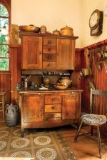 Old kitchen cabinet 02