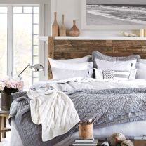 Stunning bedrooms interior design with luxury touch 36