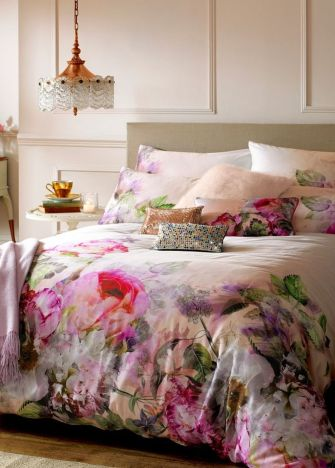 Stunning bedrooms interior design with luxury touch 53