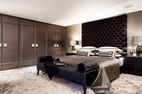 Stunning bedrooms interior design with luxury touch 57