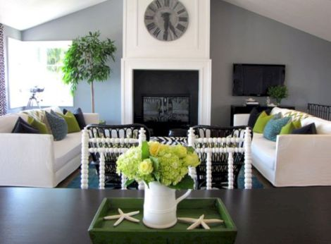 Stunning gray and white living room decor ideas 05
