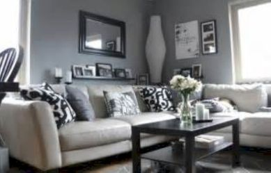 Stunning gray and white living room decor ideas 08