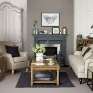 Stunning gray and white living room decor ideas 33