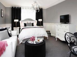 Stunning small apartment bedroom ideas 39