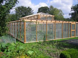 Stunning vegetable garden fence ideas (11)