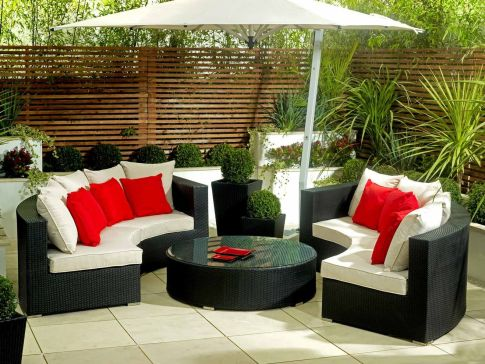 Stylish small patio furniture ideas 36