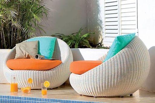 Stylish small patio furniture ideas 49